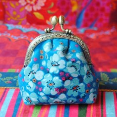 Sewing kit Velvet coin purse Seringa