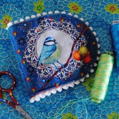 Sewing kit BIRDS needle holder