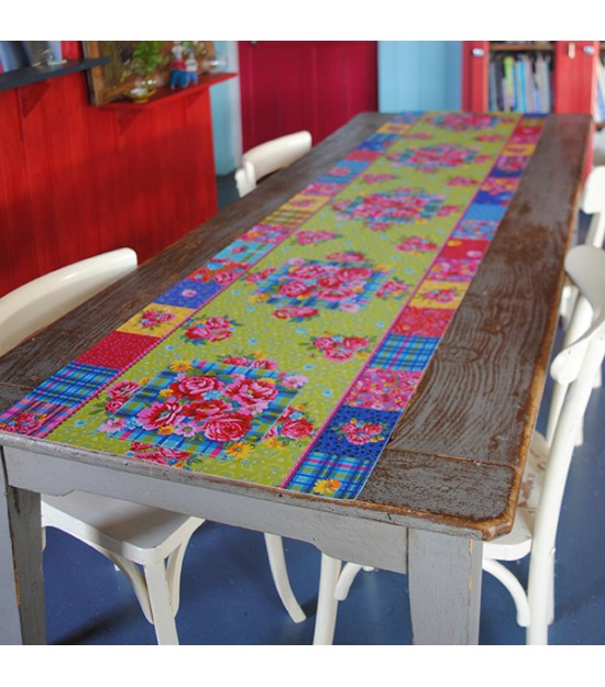 Chemin de table fleuri