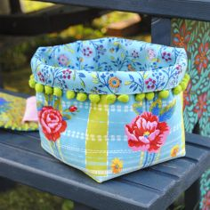 Sewing kit Medium Fabric Basket