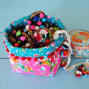 Sewing kit Medium Fabric Basket - Shanghai