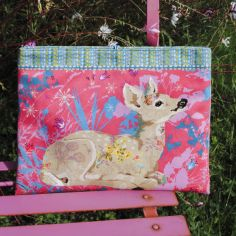Sewing kit : Tablet case LAND ART