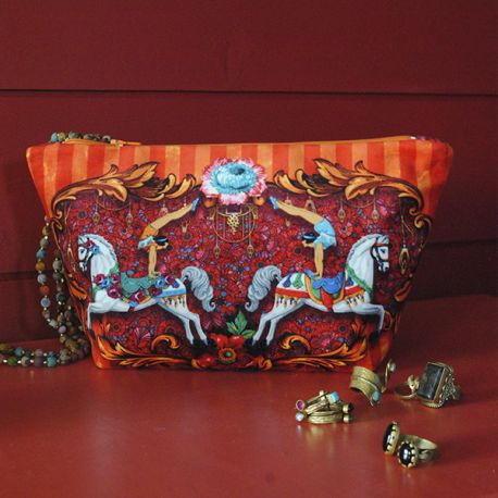 Sewing Kit : Pouch circus