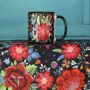 Black Embroidery mug