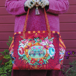 Sewing kit Large bag Circus