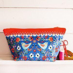 Sewing Kit : Pouch Folk blue