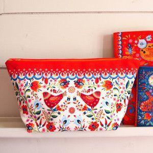 Sewing Kit : Pouch Folk white